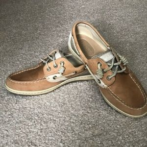 Real women's sperry shoes